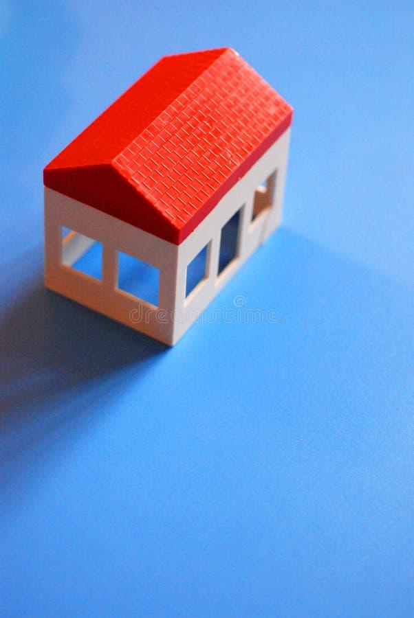Plastic stuk speelgoed huis stock afbeeldingen