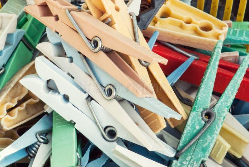 Plastic wasknijpers stock foto