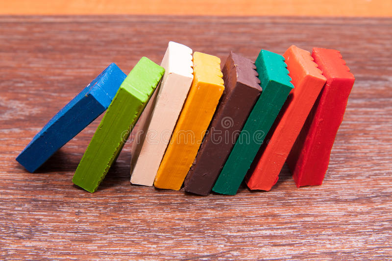 Plasticine colorato s del ` dei bambini della foto Materiali per creatività fotografia stock