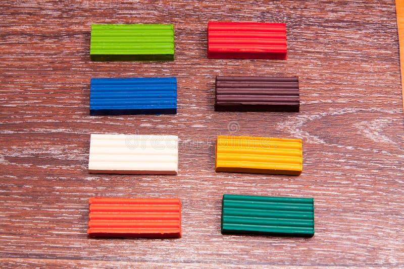 Plasticine colorato s del ` dei bambini della foto Materiali per creatività fotografia stock libera da diritti