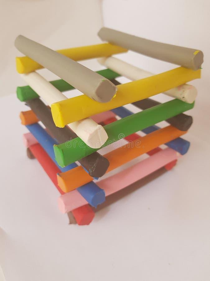 Plasticinestangen gestapelt in der Vielzahl von Farben lizenzfreie stockfotografie