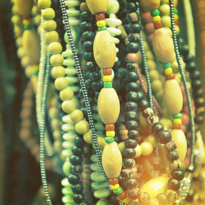 Plastikowi i drewniani bijoux fotografia stock
