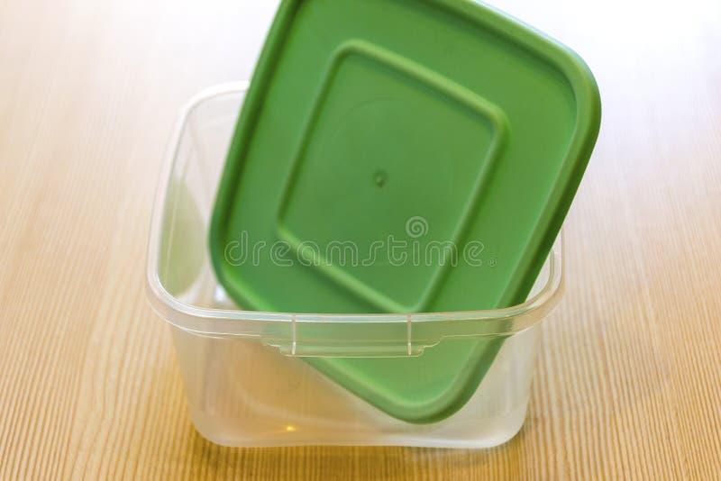 Plastikowi zbiorniki dla jedzenia r??ni kszta?ty fotografia stock