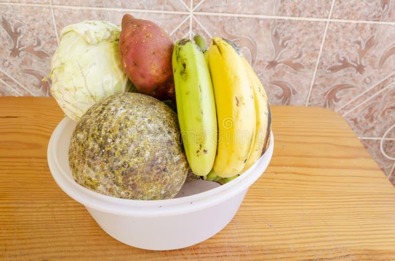 Plastikowy naczynie Foods zdjęcia stock