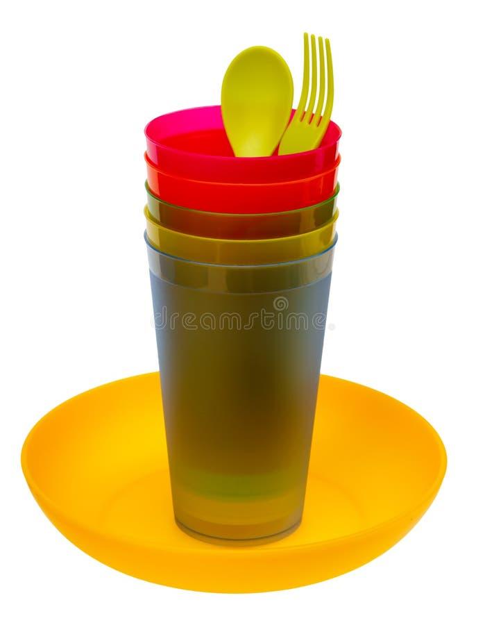 Plastikplatte, Gläser, Löffel und Gabel lizenzfreies stockbild