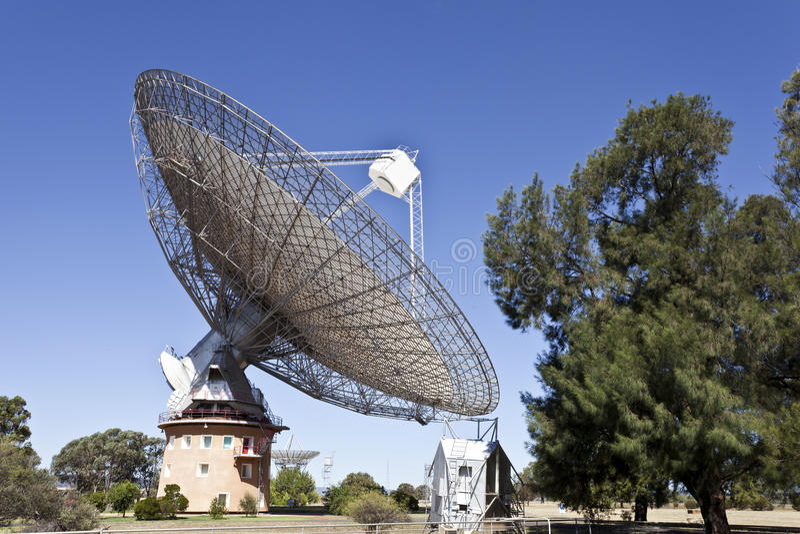 Plat de radiotélescope photos stock