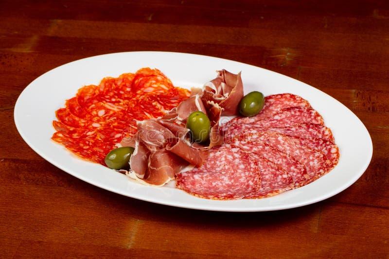 Plat italien de saucisses images libres de droits