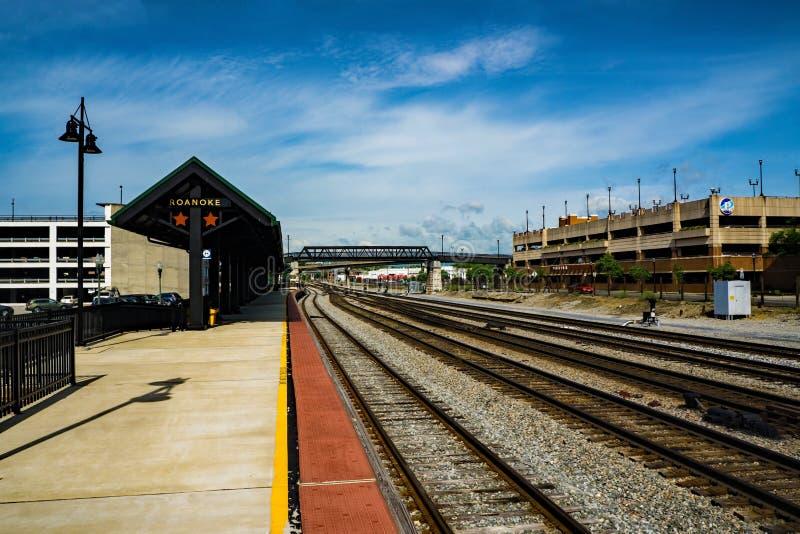 Plataforma da carga de Amtrak - Roanoke, Virg?nia, EUA imagem de stock royalty free