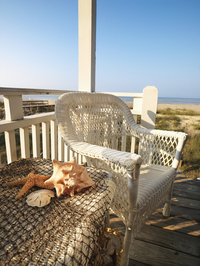 Plataforma da praia. foto de stock royalty free