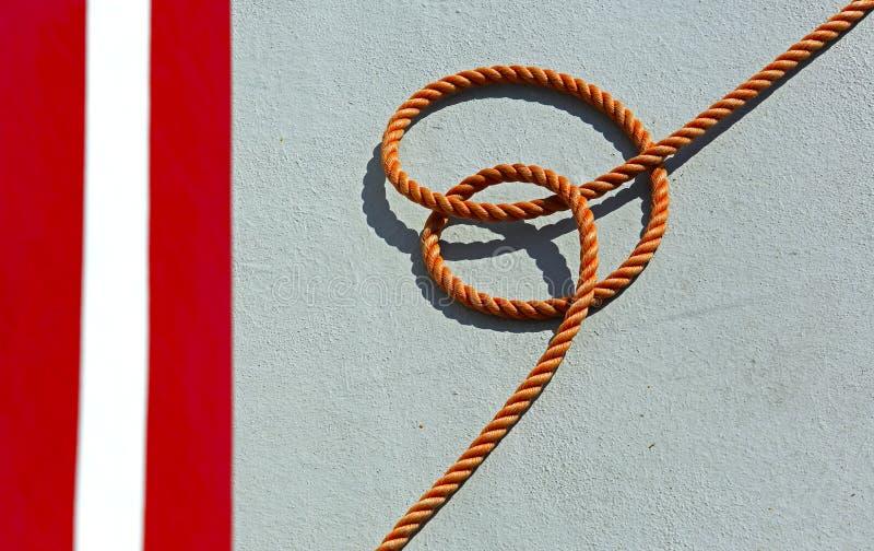 Plataforma de barco alaranjada da pesca da corda imagem de stock