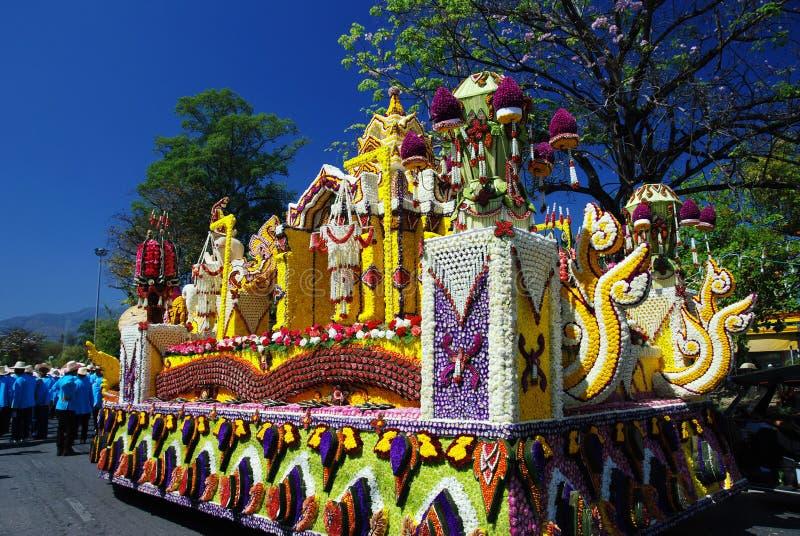 Plataforma de la flor en el 34to festival de la flor de Chiang Mai fotografía de archivo