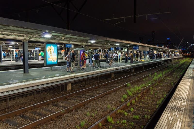 Plataforma de Richmond Railway Station en la ciudad de Yarra foto de archivo libre de regalías
