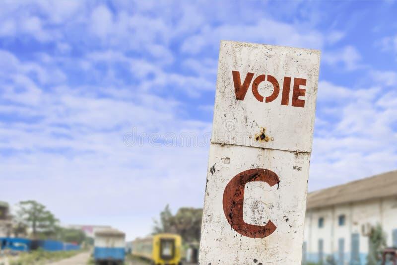 Plataforma, ferrocarril abandonado de Dakar, Senegal fotos de archivo libres de regalías