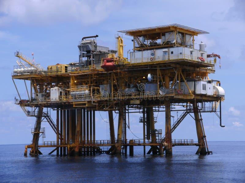 Plataforma petrolera en el Golfo de México imagen de archivo libre de regalías