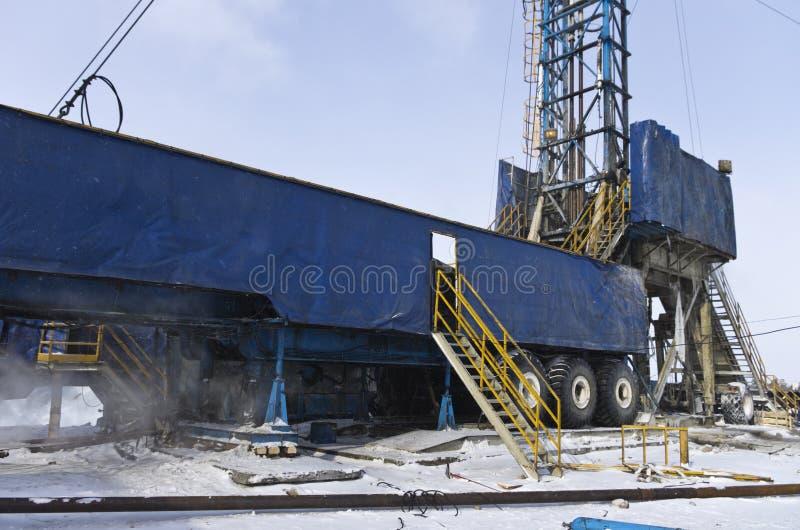 Plataforma petrolera móvil imagen de archivo