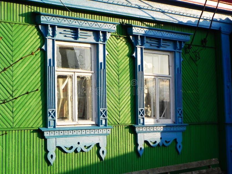 Platbands w starej wiosce, Rosyjska wioska w głąb lądu Rosja, obraz royalty free