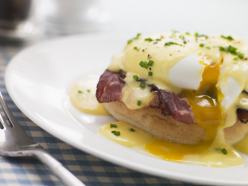 Plate of Eggs Benedict royalty free stock photos