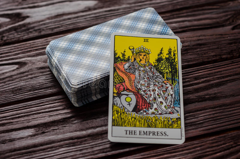 Plate-forme de cavalier-Waite de tarot de cartes photo stock