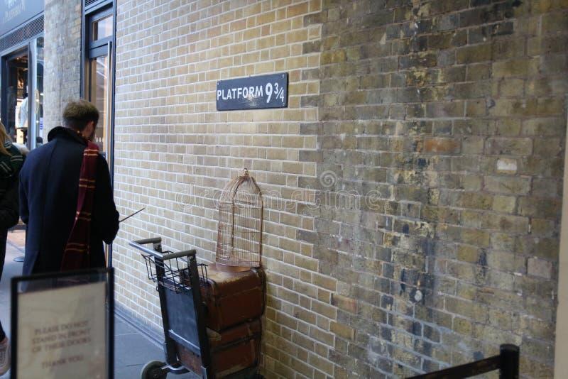 Plate-forme 9 de Londres 3/4 Harry Potter photo stock