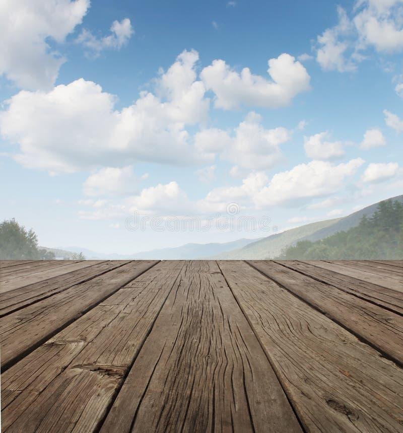 Plate-forme en bois photographie stock