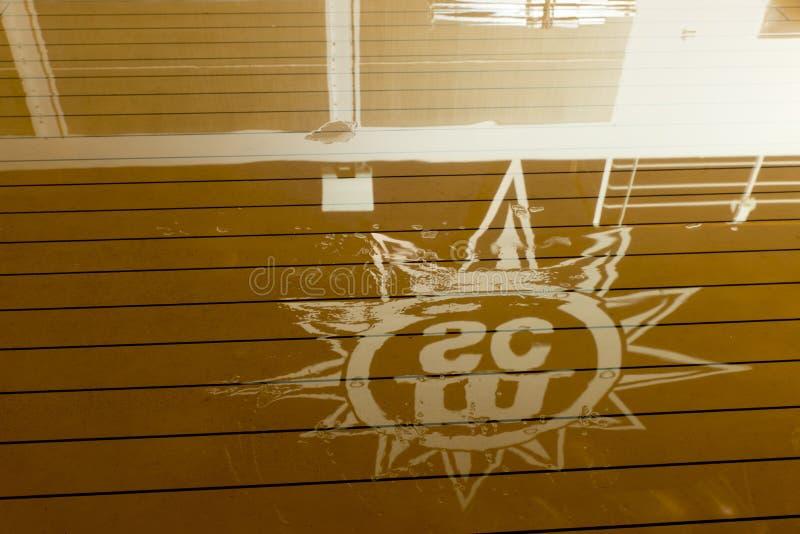 Plate-forme humide de bateau de croisière de MSC Musica images libres de droits