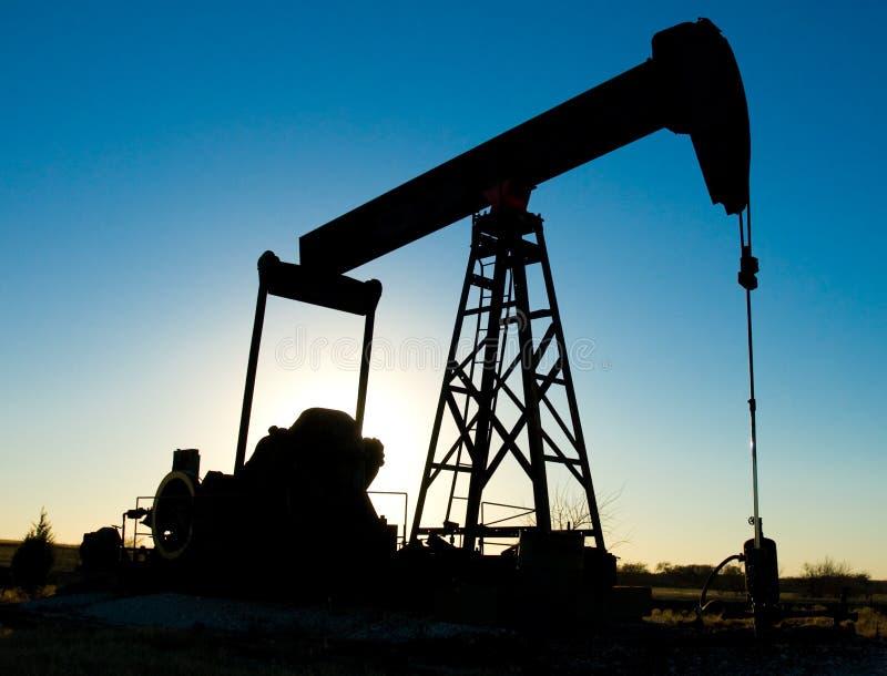 Plate-forme pétrolière (silhouette) photos libres de droits