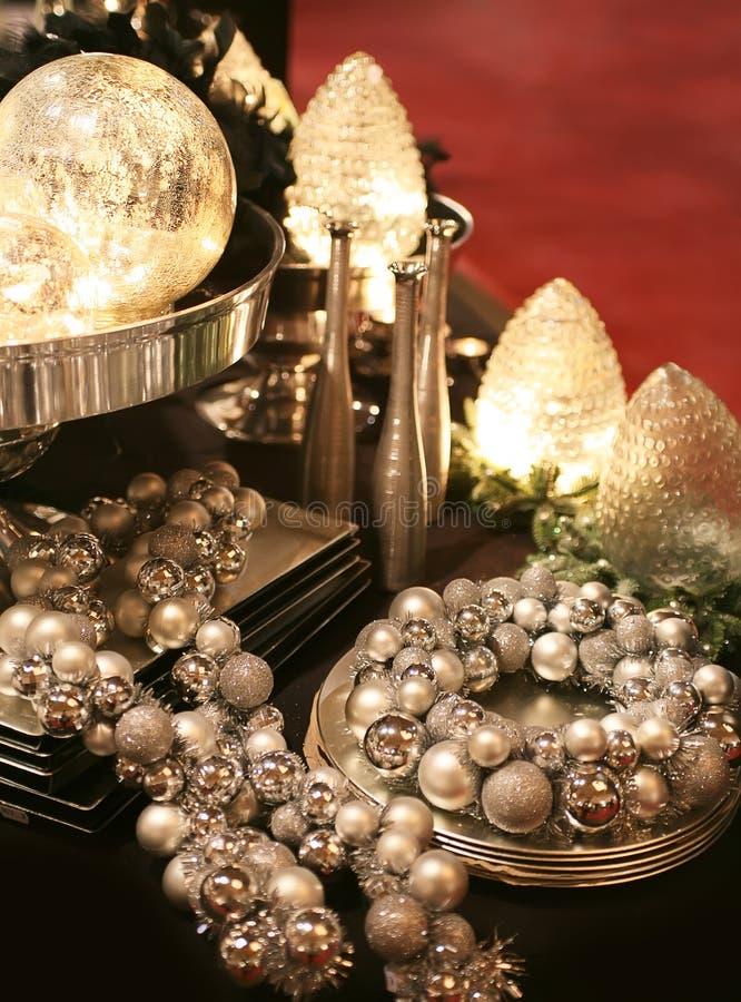 plateau argenté de décoration photos stock