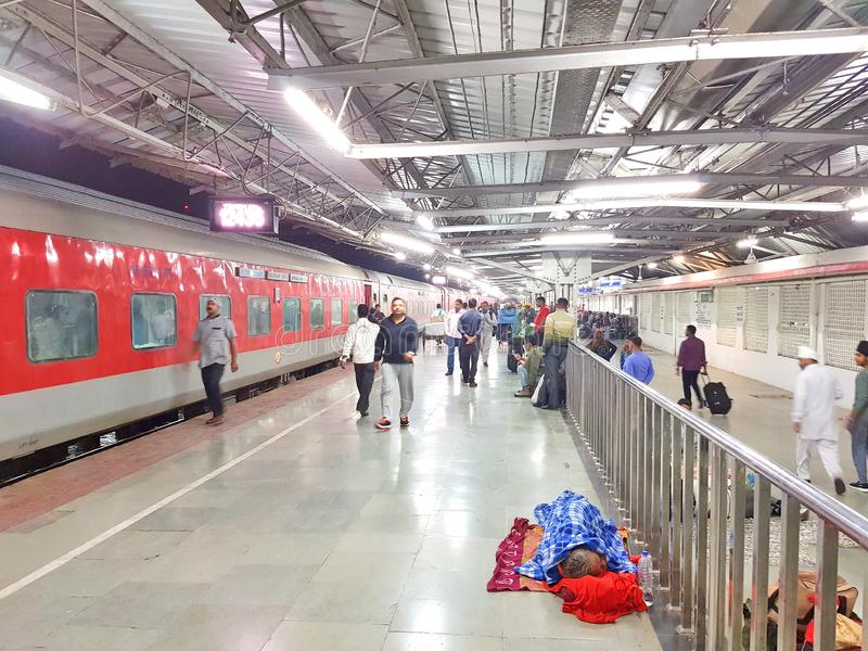 Platefarm de gare ferroviaire de Guwahati images stock
