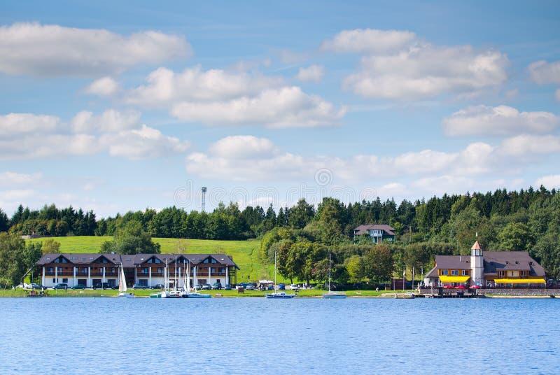 Plateliai yachtklubba i Plateliai, Litauen fotografering för bildbyråer