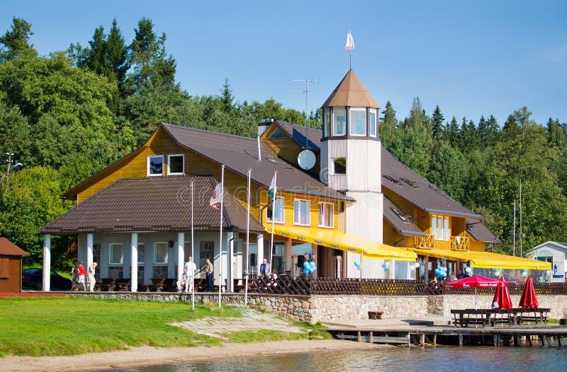 Plateliai yachtklubba, Plateliai, Litauen royaltyfria bilder