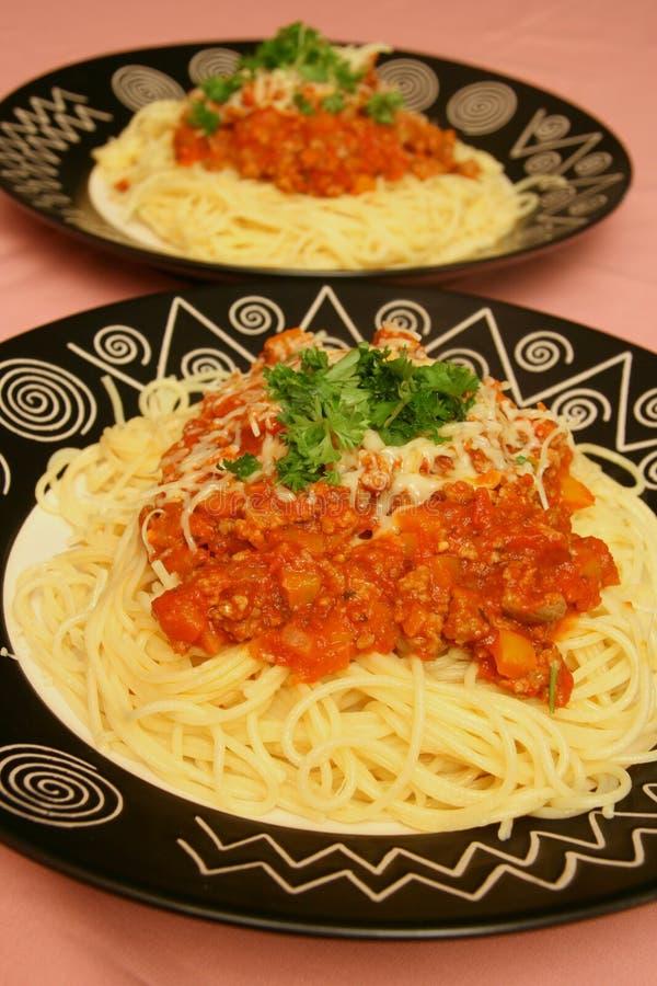 plates spagetti arkivfoto
