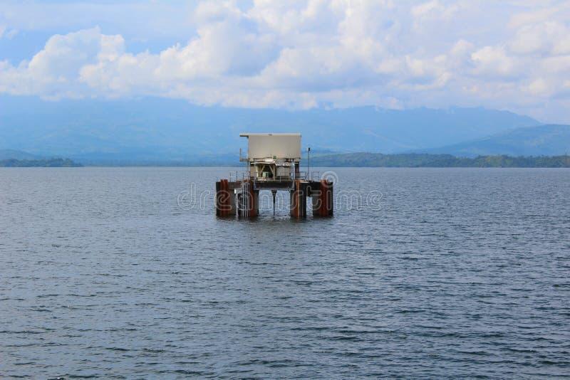 Platform in Reservoir royalty-vrije stock afbeeldingen