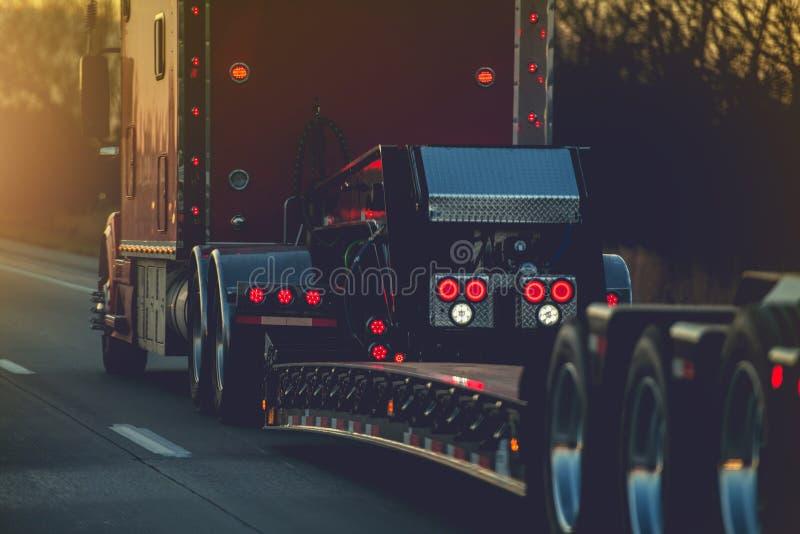 Platform Trailer Semi Truck royalty-vrije stock foto