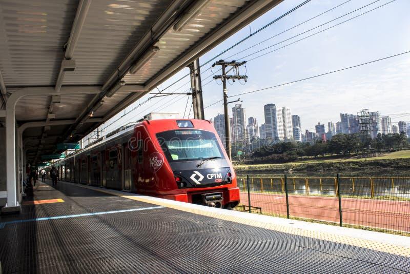 Platforma Sao Paulo metropolita pociągu firma obraz stock