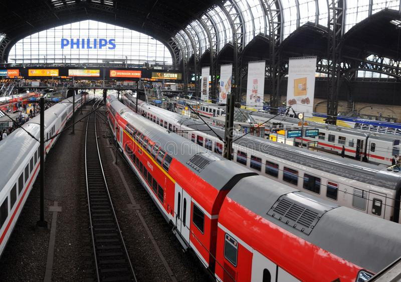 Platforms in the main trainstation of Hamburg royalty free stock photos