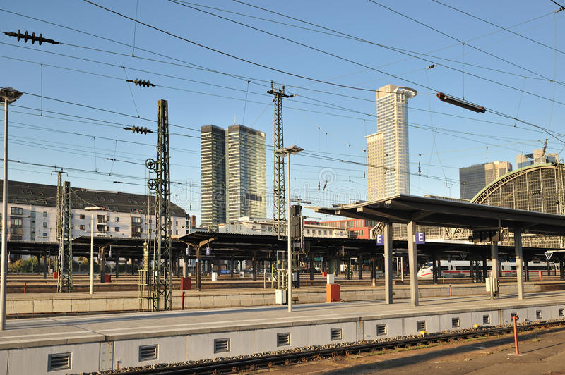 Download Train Station Empty Platforms Editorial Photography - Image: 21986877