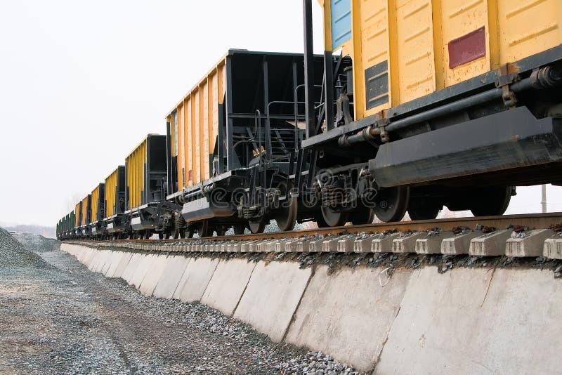 platformy kolejowe zdjęcia stock
