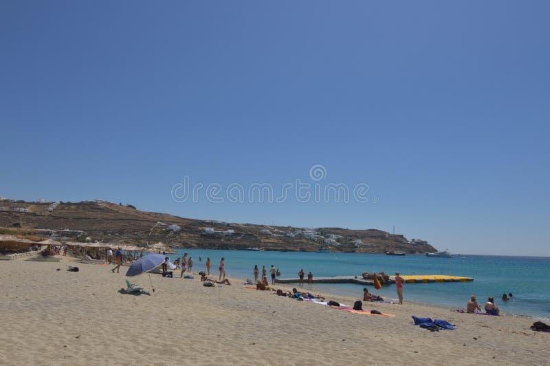 Platis Gialos plaża Na wyspie Mykonos Natura krajobrazów podróży rejsy zdjęcia stock