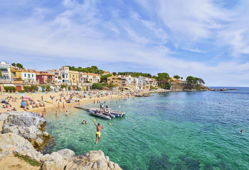 Platja del Canadell, la grande plage de Calella de Palafrugel, Costa Brava, Gérone, Espagne L images stock