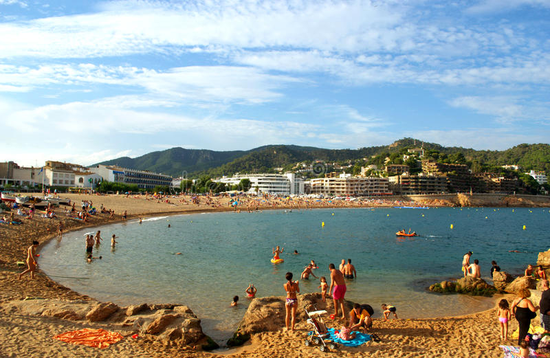 Platja Gran (大海滩)在托萨德马尔,肋前缘Brava,西班牙 库存图片