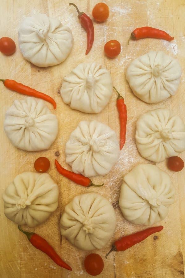 Plato de la cocina oriental y asiática tradicional Manti imágenes de archivo libres de regalías