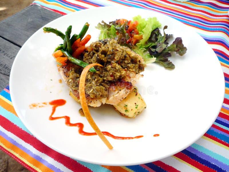 Plato de pescados del café de Bali fotografía de archivo libre de regalías