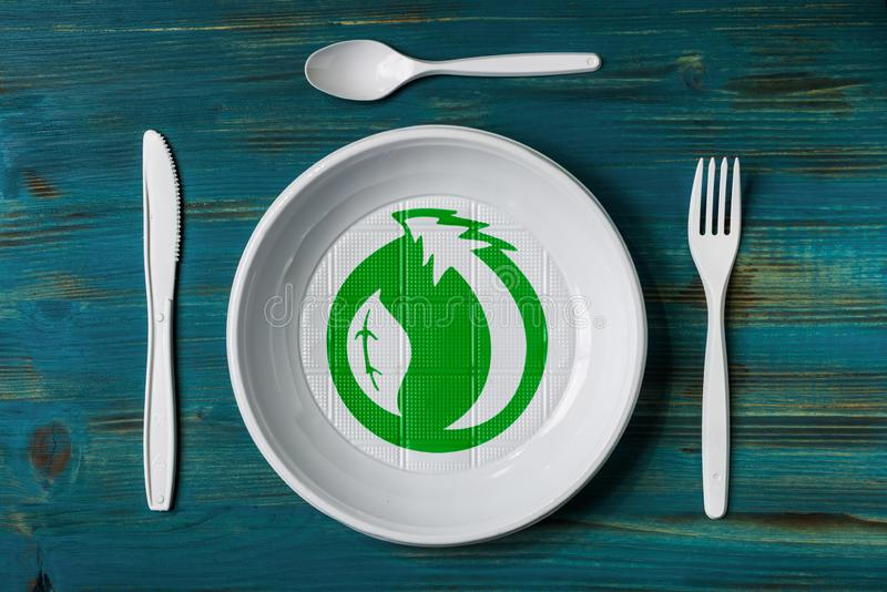 Plato plástico reciclable foto de archivo libre de regalías