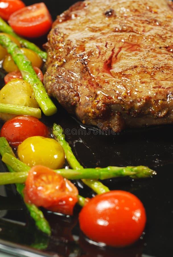 Platos calientes de la carne - Ribai imagen de archivo