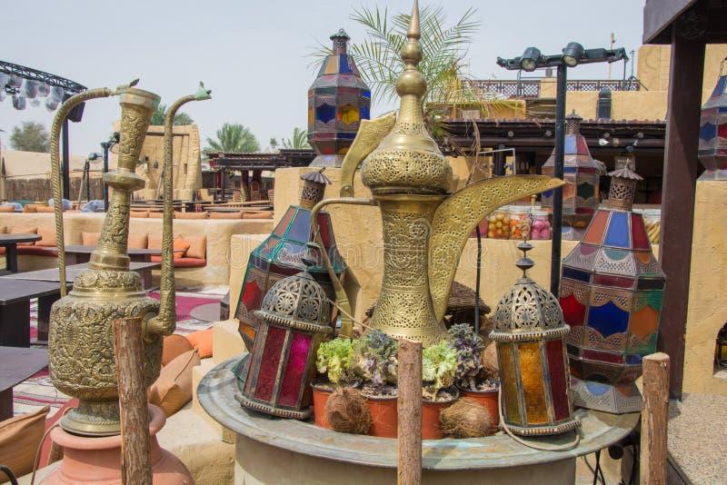 Platos en el restaurante árabe imágenes de archivo libres de regalías