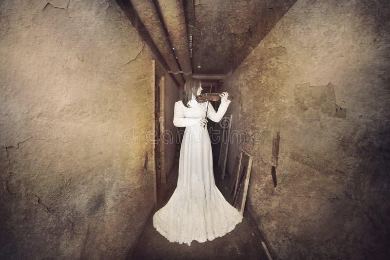 Plats för fasafilm, Scarry flicka royaltyfri fotografi