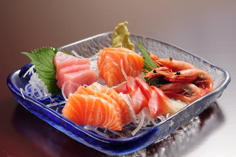 Plats froids assortis par sashimi photographie stock