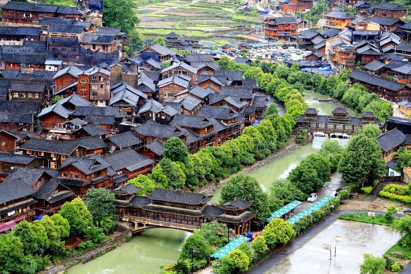 Platsen av den Xijiang Miao minoritetbyn arkivbild