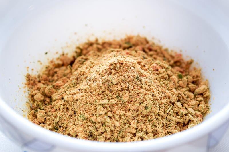Platta med kryddor royaltyfri foto