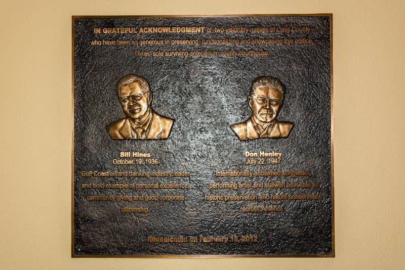 Platta som firar minnet av musiker Bill Hines och Don Henley arkivfoto